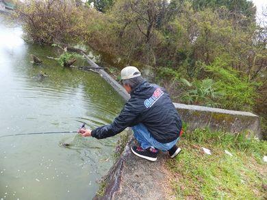 ラバージグで釣れる.JPG