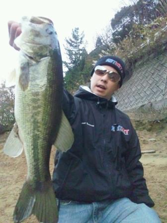 冬のオカッパリで釣れる.jpg