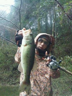 冬の野池で釣れる0213-1.jpg