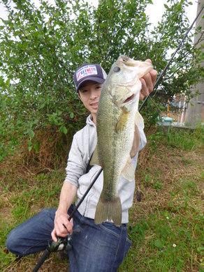 東幡野池で釣れる、ゼロワン11g+ジャスターホッグ33.JPG
