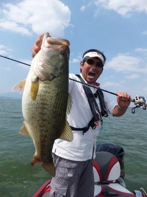 琵琶湖で跳ねラバ釣れる.JPG