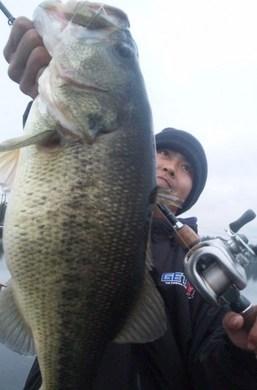 琵琶湖オカッパリで50UP.jpg
