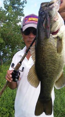 琵琶湖東岸オカッパリで釣れる.jpg