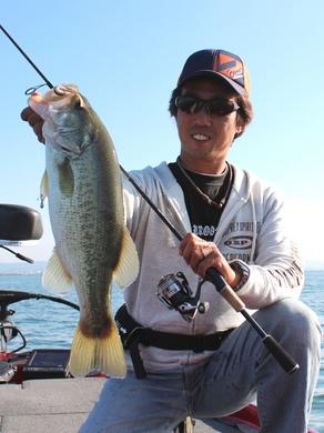 秋の琵琶湖でライトリグ.JPG
