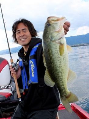 秋の琵琶湖で釣れる.JPG