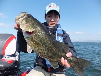 船長琵琶湖で釣れる.JPG