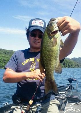 野尻湖で釣れる.jpg