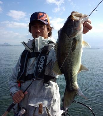 11月の琵琶湖でジグヘッド.jpg