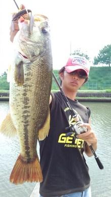 4 49cm 琵琶湖東岸で釣れるリグ.jpg