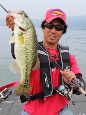 6月の琵琶湖は.JPG