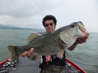 7月琵琶湖で跳ねジグ.JPG
